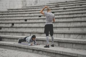 راهنمای تمرین پا به پا