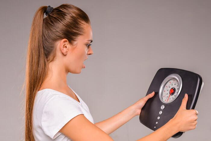 ۴ مورد از مهمترین دلایلی که بدنمون چربی نمی سوزونه! راه حلش چیه؟