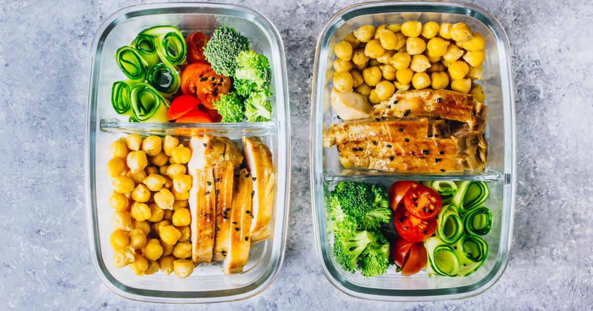 برنامه غذایی روزانه داشته باشید