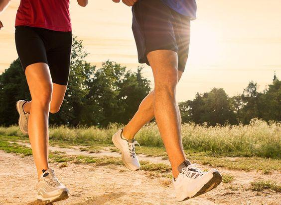 تمرینات هوازی مثل دویدن روش مناسب برای کاهش چربی های شکم و پهلو