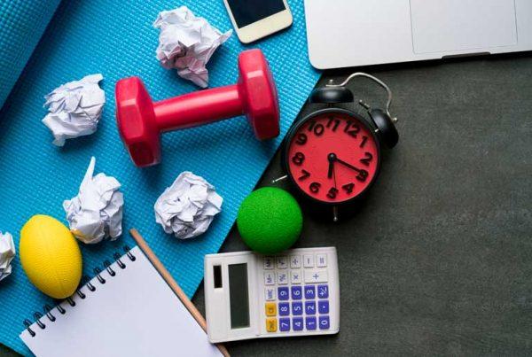 برنامه-شلوغ-کاری-و-فرصت-کم-برای-ورزش-کردن