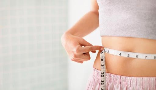 ۸ ماده غذایی برای کاهش یا  از بین بردن چربی های شکم