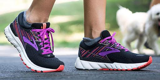 با-کفش-های-مناسب-دویدن-خودتون-رو-مجهز-کنید